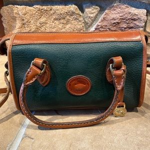 VTG Dooney & Bourke leather dark green handbag